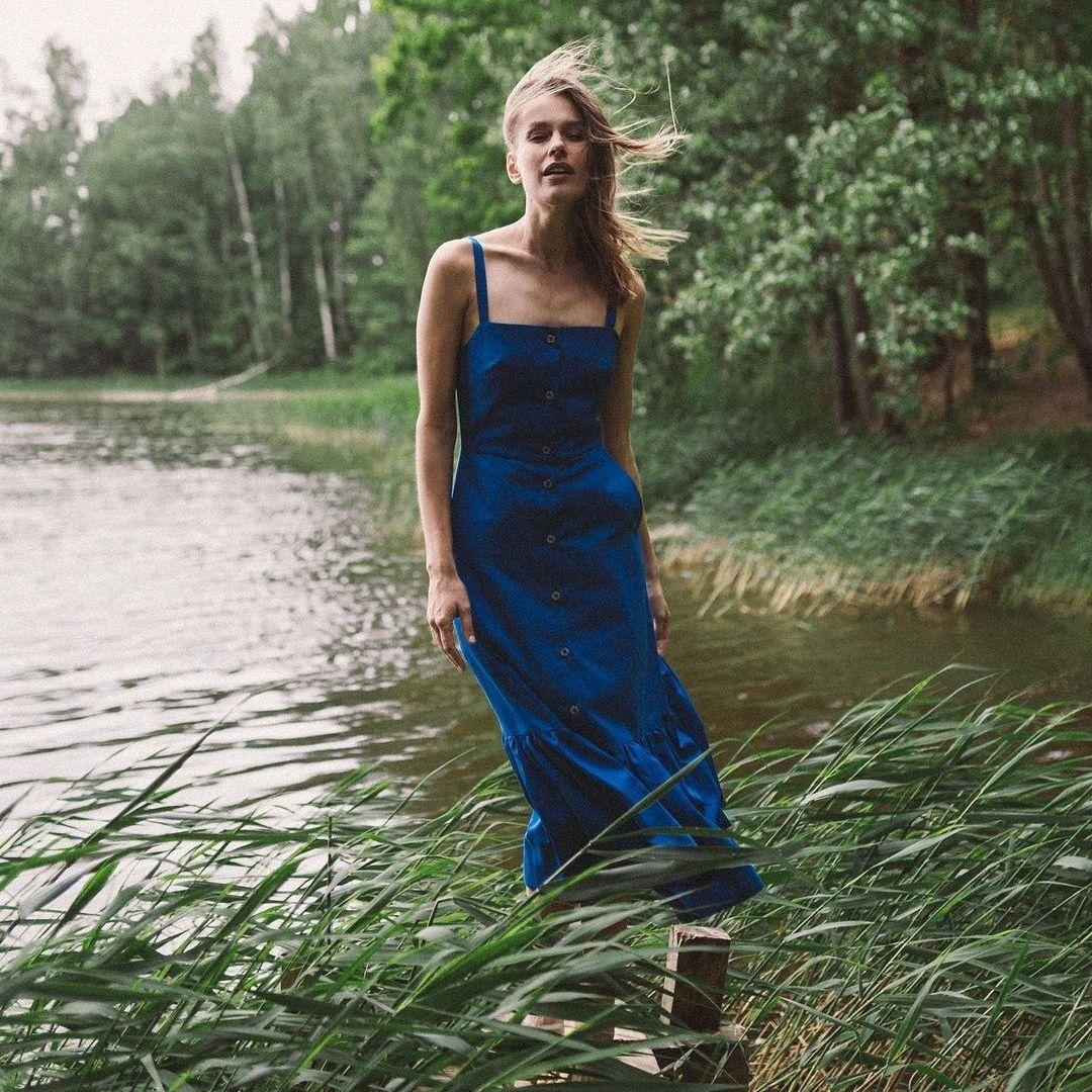Lulu Midi Dress In Blue